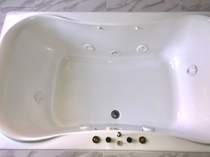 After: White jetted tub