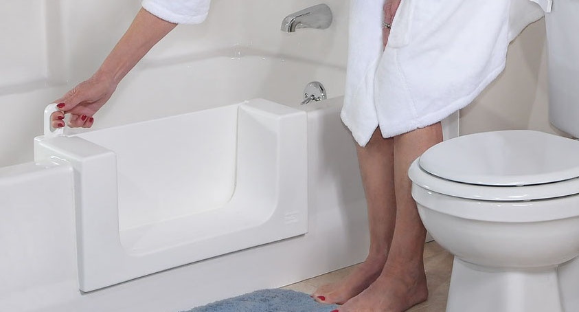 Handicap Bathroom Installation Contractor for Milford MI - Bathtub Modifications | Surface Solutions - bathtub-with-door(1)